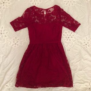 ✨Red City Triangles Dress, Size 9✨